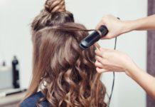 Come fare i capelli mossi con diverse tecniche fai da te