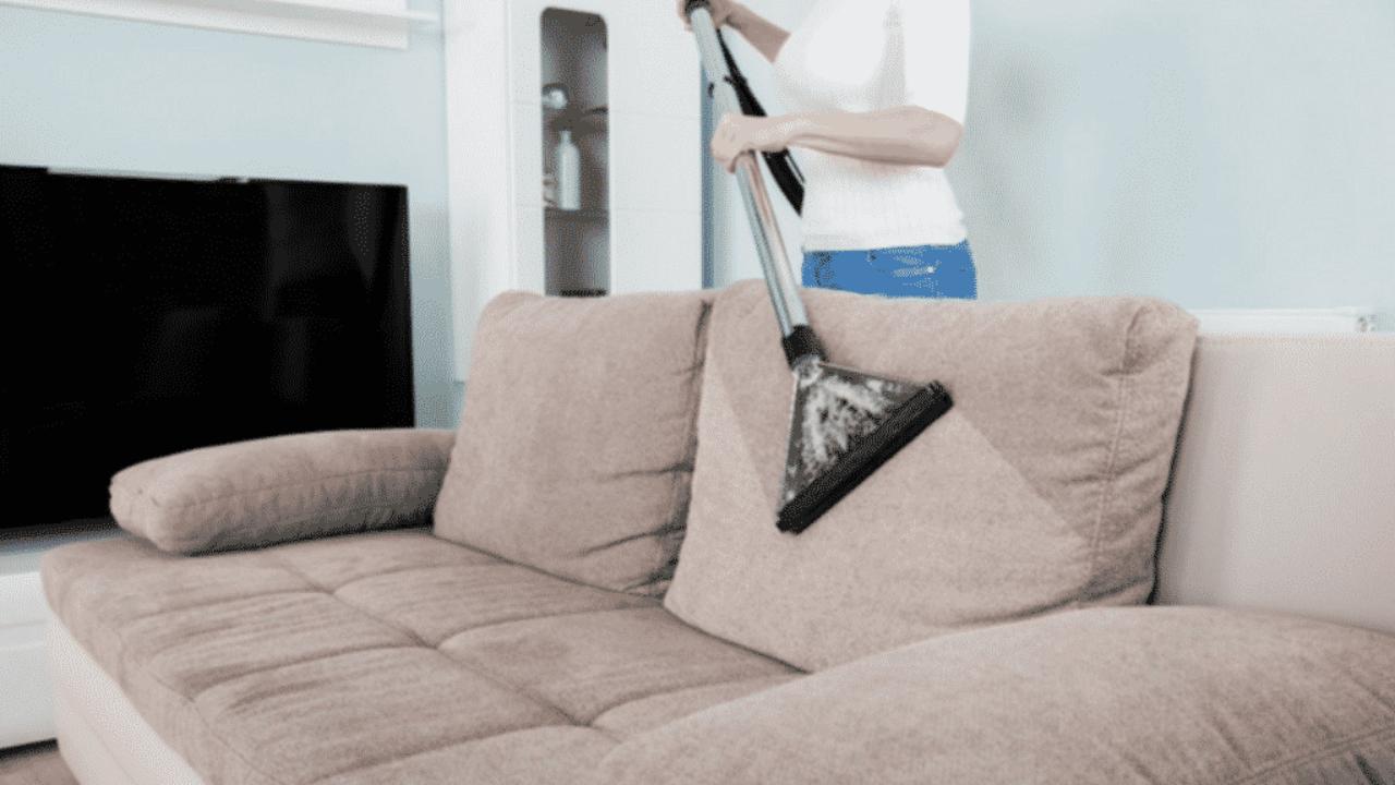 Come Pulire Il Divano come pulire il divano in modo efficiente in base al