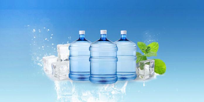 Acqua Distillata: che cos'è, a cosa serve e come realizzarla in casa