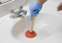Sturare il lavandino di casa: soluzioni fai da te e naturali