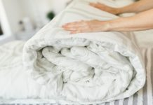 Come lavare piumini e coperte in lavatrice e a mano