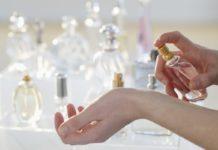 Acqua profumata: che cos'è, benefici, utilizzi, tipologie e controindicazioni