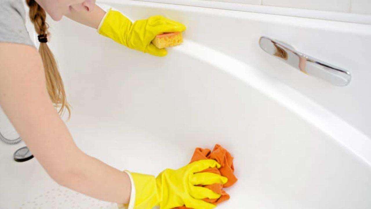 Come Pulire La Vasca Da Bagno Cosa Occorre Come Eliminare Lo Sporco E Calcare Nonsolobelle It