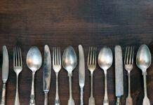Come pulire e lucidare le posate in argento o acciaio